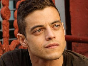 "MR. ROBOT -- ""v1ew-s0urce.flv"" Episode 107 -- Pictured: Rami Malek as Elliot Alderson -- (Photo by: David Giesbrecht/USA Network)"