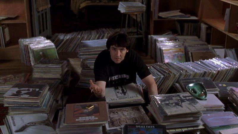 La musica nel libro Alta fedeltà è una componente fondamentale nella vita del protagonista Rob e dei suoi amici