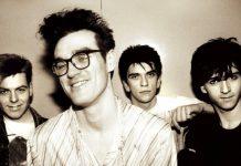 Gli Smiths sono una delle più importanti band inglesi degli anni Ottanta. Jonathan Coe ha scelto 10 loro citazioni nel suo romanzo The Dwarves of Death.