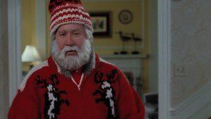 Il Babbo Natale di Disney's The Santa Clause, in primo piano, dopo aver subito la trasformazione
