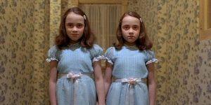 Le famose gemelle del film Horror Shining