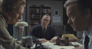 Meryl Streep e Tom Hanks, inquadrati di profilo, si fissano negli occhi con uno sguardo complice. Sono i protagonisti di The Post, possibile nominato agli Oscar 2018