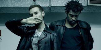 Massive Attack escono da Facebook