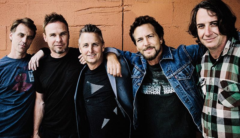 Pearl Jam, online il nuovo brano Can't Deny Me