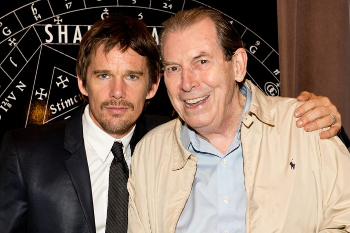 Ethan Hawke e Richard Easton.