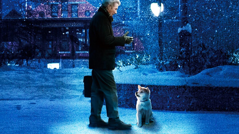 Hachiko con Richard Gere con il piccolo cane immerso nella neve. il film è tra le scadenze netflix