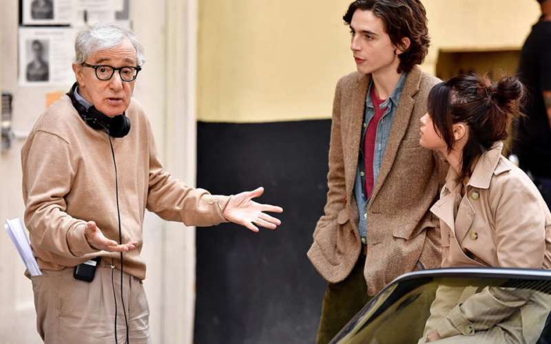 Woody Allen fa causa ad Amazon