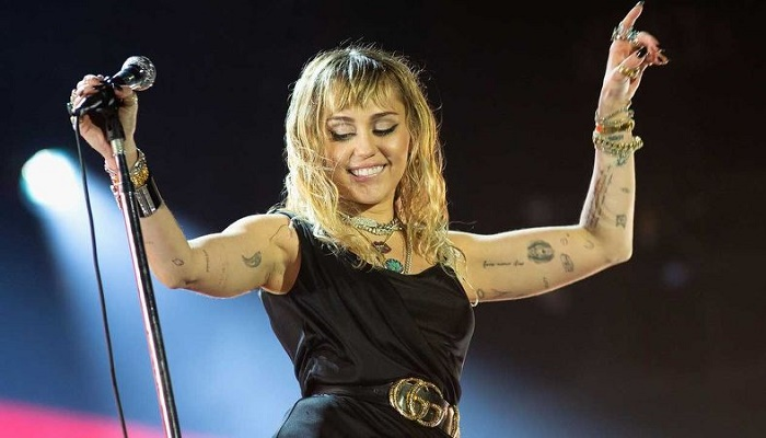 Miley Cyrus e Kaitlynn Carter si sono (già) lasciate