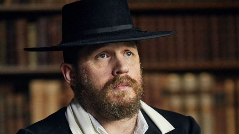 Tom Hardy, Peaky Blinders e l'amore con Steven Knight