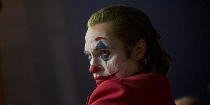 Joker easter eggs citazioni