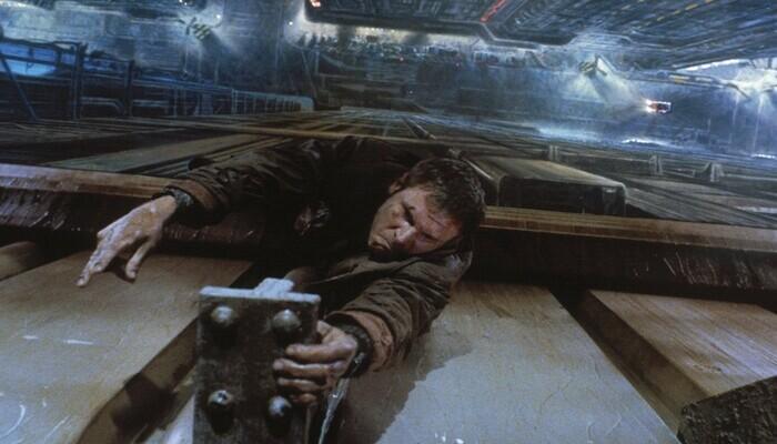 Harrison Ford in battaglia con un replicante