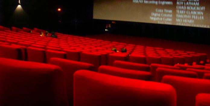 coronavirus e cinema: l'interno di una sala