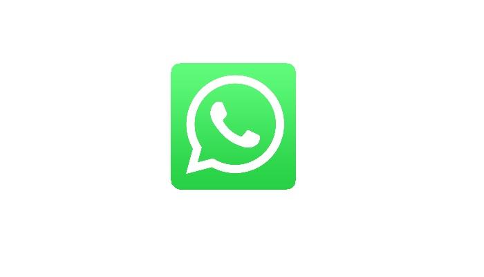 Whatsapp, chat private finiscono su Google: panico tra gli utenti