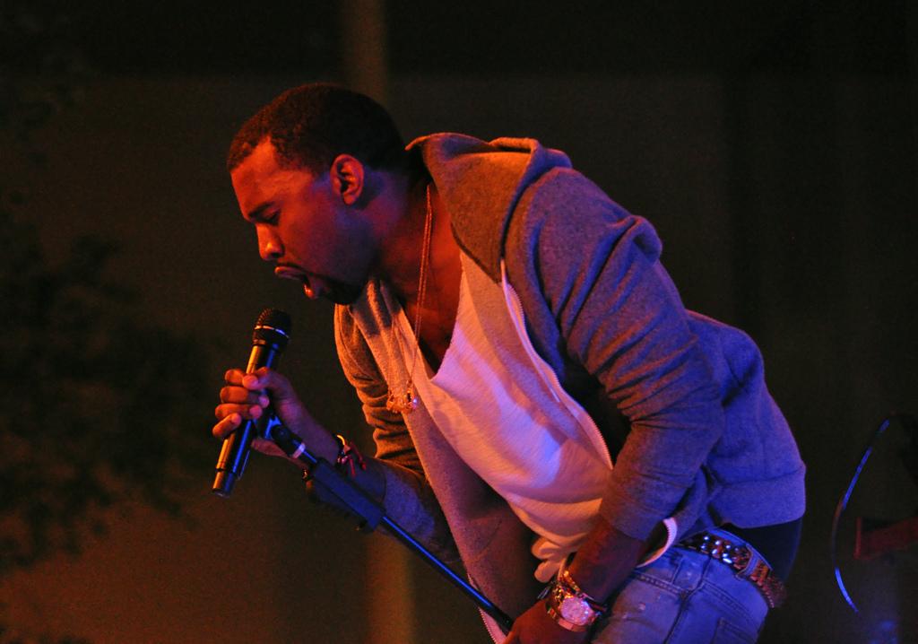 George Floyd, Kanye West paga gli studi della figlia Gianna