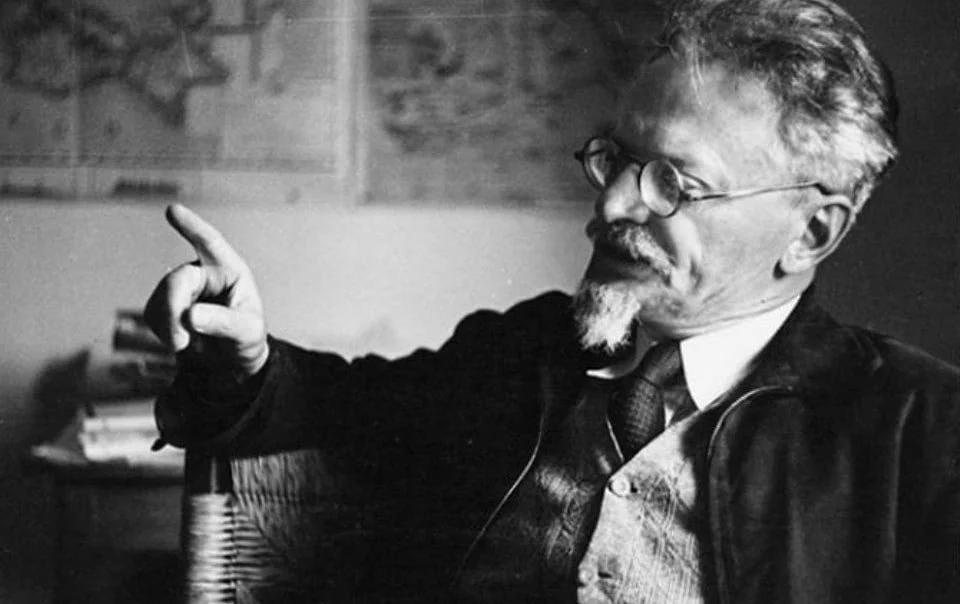 Lev Trotsky : ritratto