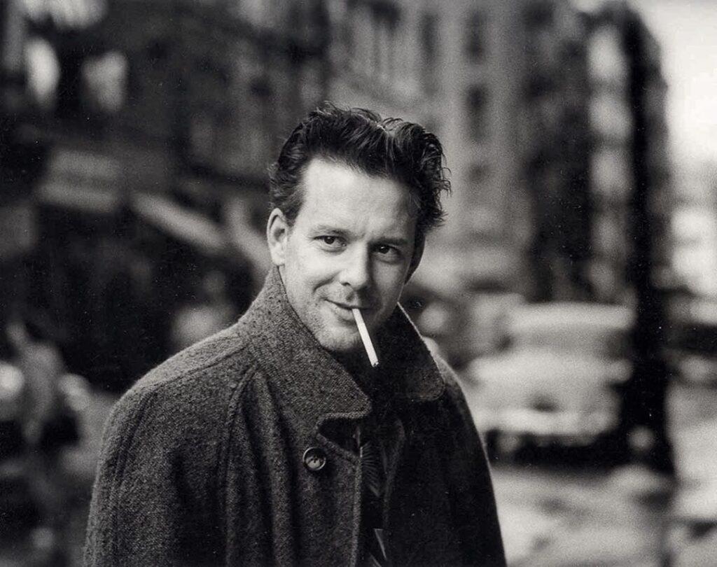 Mickey Rourke : sigaretta